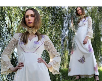 Vintage 70s Embroidered Maxi Dress / HUGE Butterflies / Crochet BELL Sleeves  // Vintage Clothes TatiTati Style on Etsy
