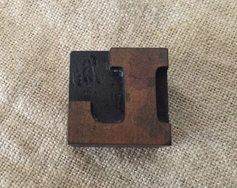 VINTAGE wooden letter press printer's block. Letter L . My vintage home.