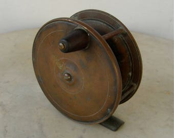 """BRASS FISHING REEL Edwardian England Rare Large Size 4"""" Diameter All Brass with Wooden Knob Vintage Sports English 1920's Sports Collectible"""