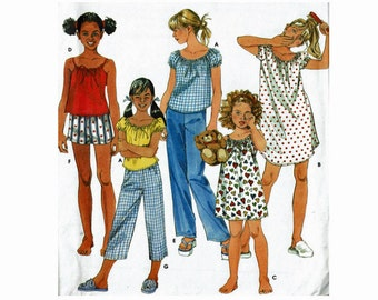 Easy Uncut Sewing Pattern little girls Sleepwear sizes 3 4 5 6 Nightgown pajamas Simplicity 9495Sizes 3 4 5 6 Nightie Pjs Top Bottom
