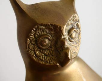 Large Vintage Brass Owl Figurine / Statue - Mid Century, Boho, Wisdom, Intuition