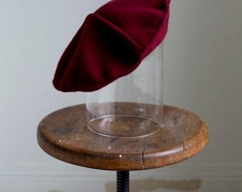 1940s Burgundy wool beret