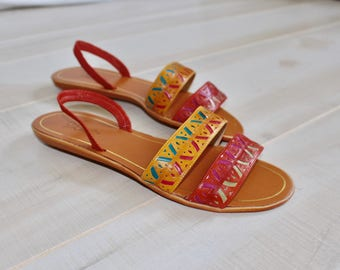 Vintage Huarache Sandals, Woven Leather, Strappy, Slingback, Multicolored, Rainbow, Red, Flat, Ethnic, 8