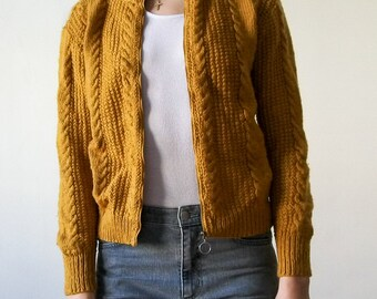 Vintage 90s mustard cableknit sweater bomber with ring zip size XS/S