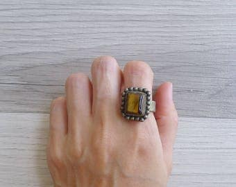 10-25% OFF Code In Shop - Vintage 70's Tiger's Eye Square Stone Hippie Ring Size 7