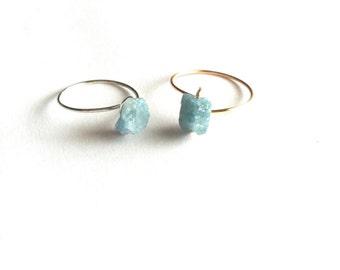 Rough Aquamarine Ring, Raw Gemstone Ring, Thin Band Ring, Raw Crystal Ring, Minimal Ring, Dainty Gold Ring, Raw Gemstone Ring Gift