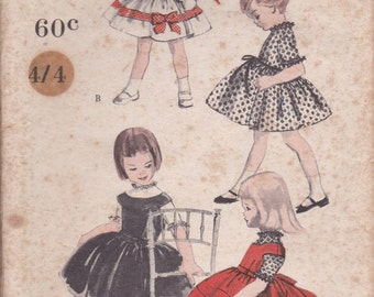 1960's Sewing Pattern - Vogue 2880 Girls full skirted party dress Size 6 factory folded and unused