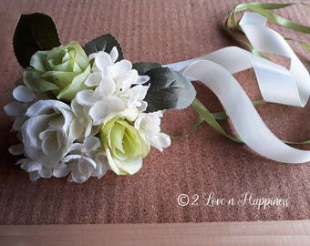 Bridesmaids Wrist Corsages/Flowergirls Wrist Corsages/ for Weddings, Parties,Special events