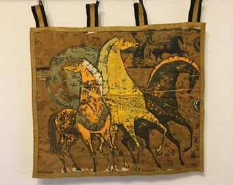 Horse Decor, Mid Century Mod Decor, Horse Quilted Wall Hanging, Horse Decor, Vintage Horse Fabric, Wall Quilt