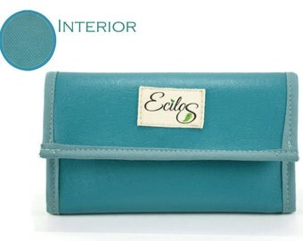Women's Vegan Faux Leather Trifold Wallet in Turquoise Aqua