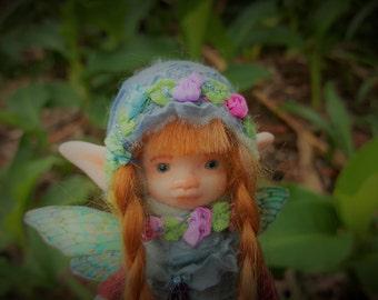 sweet  polymer  fae  ooak posable   tiny  fairy fairie