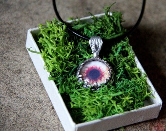 Zombie glass eye necklace horror/zombie/macabre