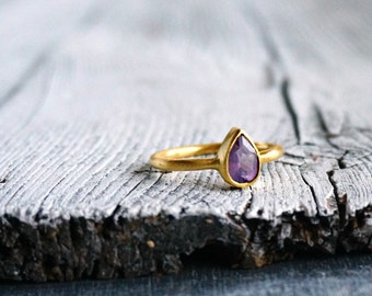 Handmade 18K Gold Ring Unique Pear Cut Amethyst Ring