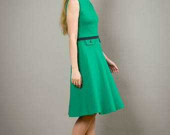 "Dress ""Elisa"", with a round skirt in smaragd green"