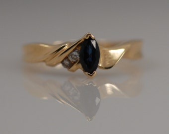 Vintage Blue Sapphire Diamond 14k Yellow Gold Marquise Ring Unique Twisted Unusual Asymmetrical