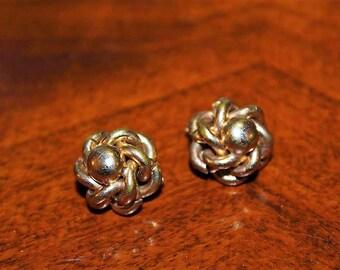 SALE! Vintage Designer Gold Filled Pat Pend 1967965 Ornate Etching Clip On Earrings ED10