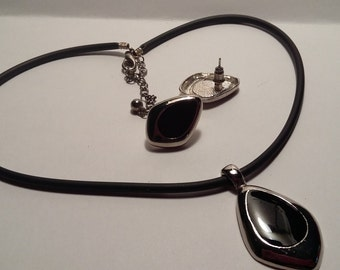OOAK Choker with Matching Earrings, Silver and Black