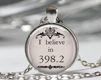 Fairy Tale Necklace, Book Geek Jewelry, Childhood Fun Pendant [A69]