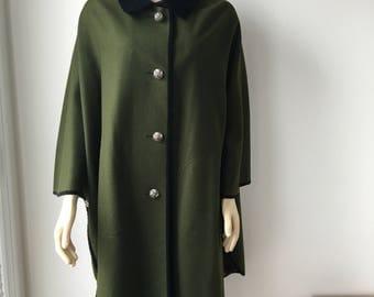 Austrian cape loden green coat black velvet collar & trim Trachten Tyrol pure wool dirndl Poncho Cloak engraved metal buttons paisley lined