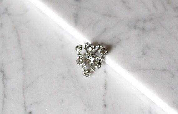1980s rhinestone heart brooch // 1980s heart brooch // vintage brooch