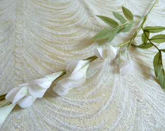 White Wisteria NOS Vintage Silk Millinery Flowers for Hair Crowns Bouquets Head Bands Hats Floral Arrangements Weddings