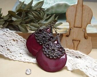 Resin Earrings Deep Red Rose Petals Boho Folk Dangle Earrings  Flower Petals Epoxy Resin Craft Nature Jewelry Earrings Bridesmaids Gift 2