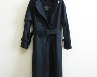 BURBERRY Trench Coat Black Full Length Zip-out Wool Lining and Collar - Authentic Burberry Plaid - Size 4 Long