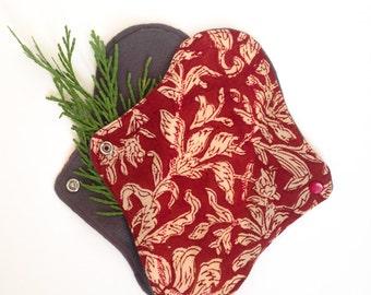 Red Vintage Floral Day Pad