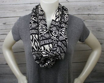 Black and White Print Infinity Scarf