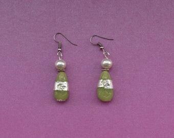Mint green earrings, light green earrings, neoclassical earrings, earrings for friend, handmade jewellery gift, mint green jewellery,vintage