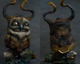 Painted Horned Owl - Handmade Resin Bust - Size : 6,4 in