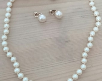 Vintage glass Pearl necklace and earrings