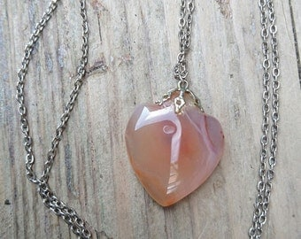 Vintage carnelian heart drop pendant and chain