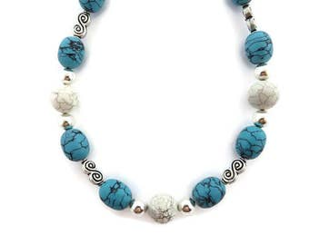 Chunky Turquoise Necklace, Turquoise Beaded Necklace, White Turquoise Necklace, Turquoise and Silver, Southwest Necklace, Blue Bead, Howlite