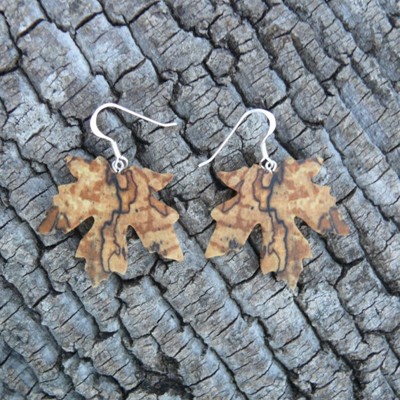 Wood Maple leaf Earrings, Nature inspired jewelry, Earthy earrings, Sterling silver maple leaf earrings, Dangle drop earrings, Boho Earrings