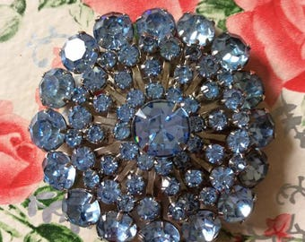 Vintage 1950s 1960s Brooch Pin Light Blue Sparkly Stones Unsigned
