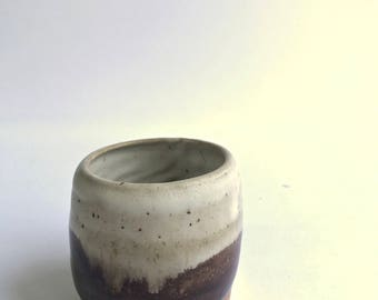 salt cellar / jar / cup