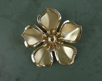 Goldtone Flower Pin