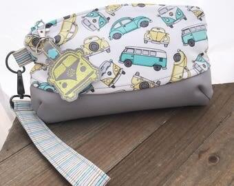 Wristlet, Clematis Clutch, Clematis Wristlet, Makeup Bag, VW Bag, Zipper Bag, Evening Bag