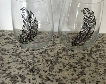 Hand Painted Feather Stemless Wine Glasses - Set of 2