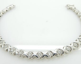 10K White Gold 0.35cttw H-SI Round Brilliant Diamond XOXO Tennis Bracelet-7""