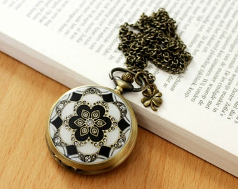 Victorian Retro Flower Pocket Watch, Crystal Quartz Watch with Necklace Chain