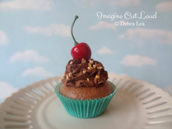 Fake Cupcake Retro Cherry Chocolate Party Favor Decoration Decor