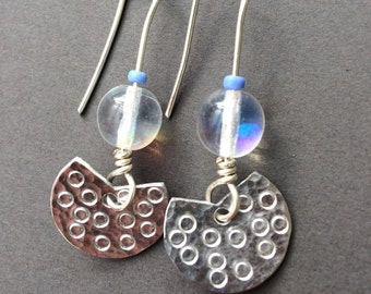 Small fan handmade earrings with round bead