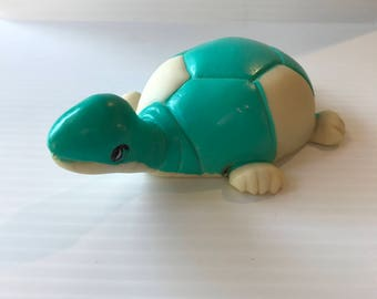 TURTLE BABY TOY, Vintage turtle toy, vintage baby toy, green white turtle, soft turtle, soft baby toy, squeezy toy, vintage baby gift, cute