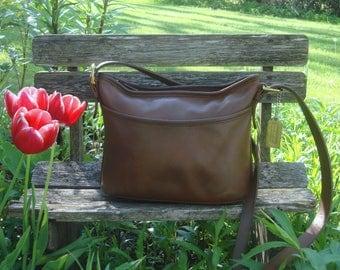 Vintage COACH Brown Leather Soho Worth Cross Body Hobo Shoulder Bag