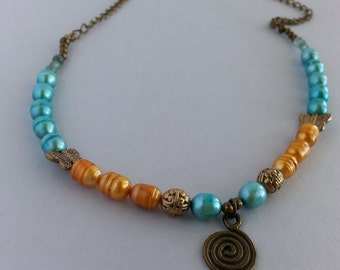 Pearl spiral necklace