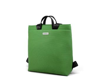 Small Green Backpack with light inside. 2 inside pockets and 1 outside pocket. Straps made of seatbelt - Boogie S