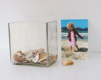 Vintage White Glas Square Vase