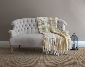 Knitted couch blanket, natural wool blanket, wool throw blanket, corchet throw, wool blanket, statement blanket, aniversary gift, wedding